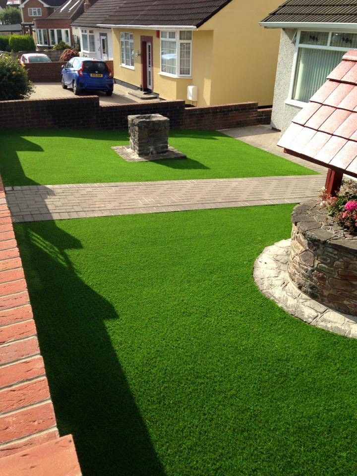 Artificial Lawn Installer South West