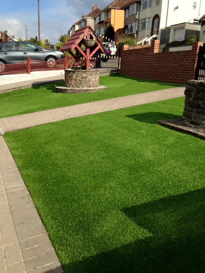 Greenside Artificial Grass In Bristol